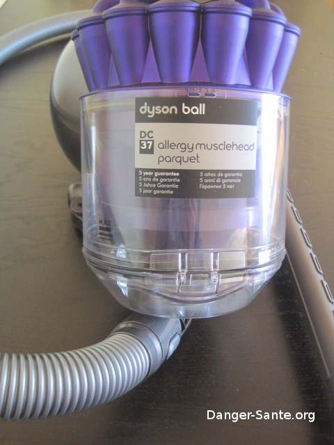 aspirateur dyson test avis opinion aspirateur allergy dc37. Black Bedroom Furniture Sets. Home Design Ideas