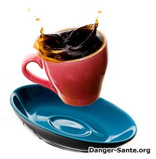 une tasse de café avec de la caféine