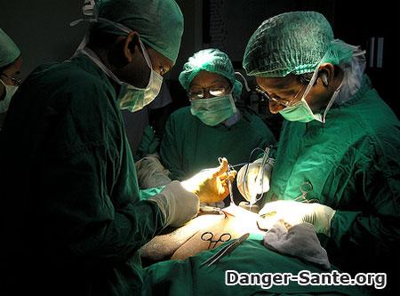 photo pose d'un pacemaker hopital